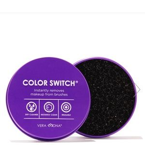 Other - Color Switch Makeup Brush Cleaner